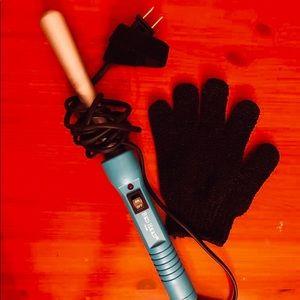 2/$30🎉NWOT BedHead Curling Iron Wand & Heat Glove